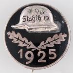 1925_Stahlhelm_M_tomb (1)