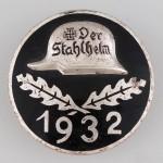 Stahlhelm_Member_tomb 2 (1)